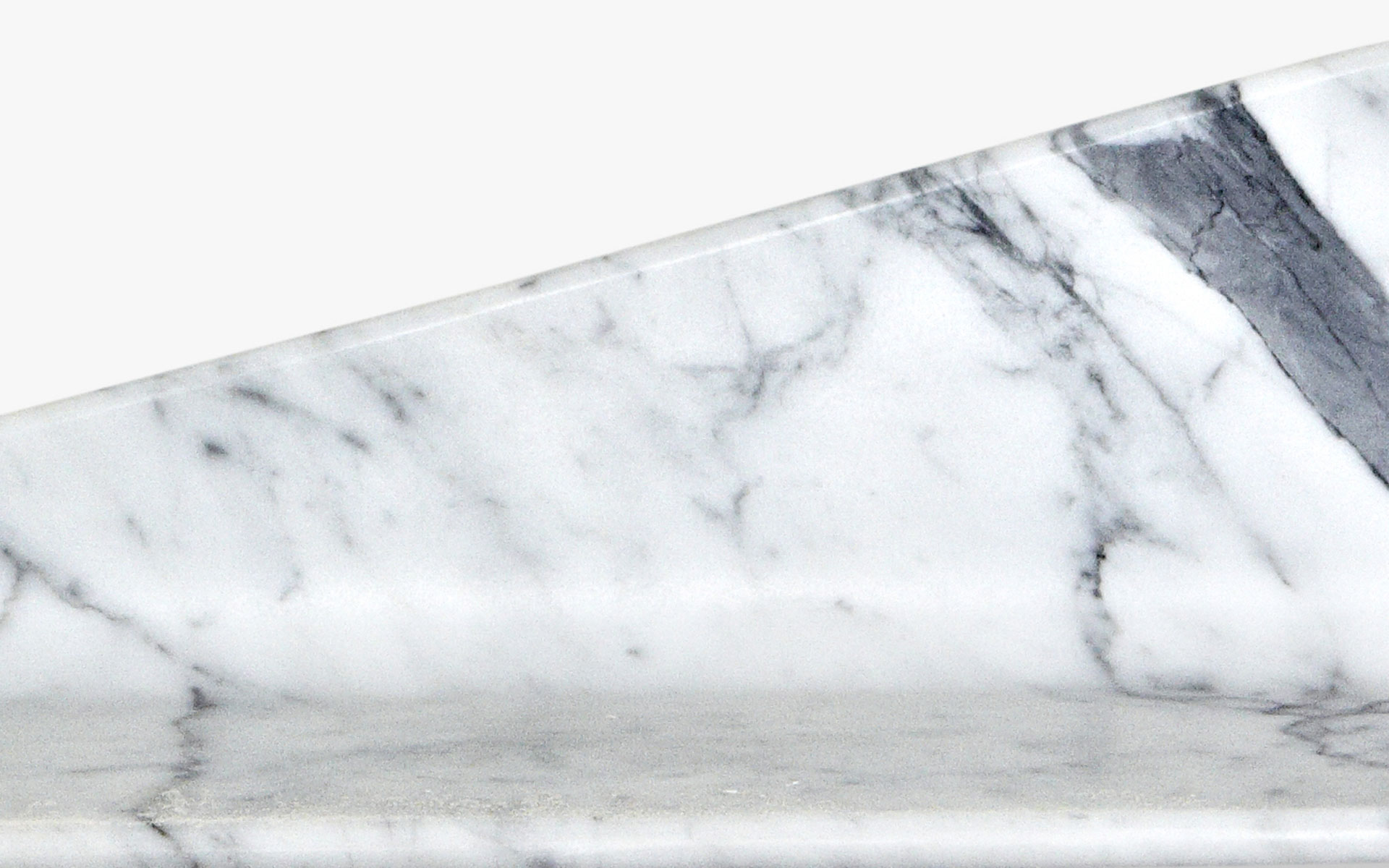 FEATHER LIGHT MARBLE