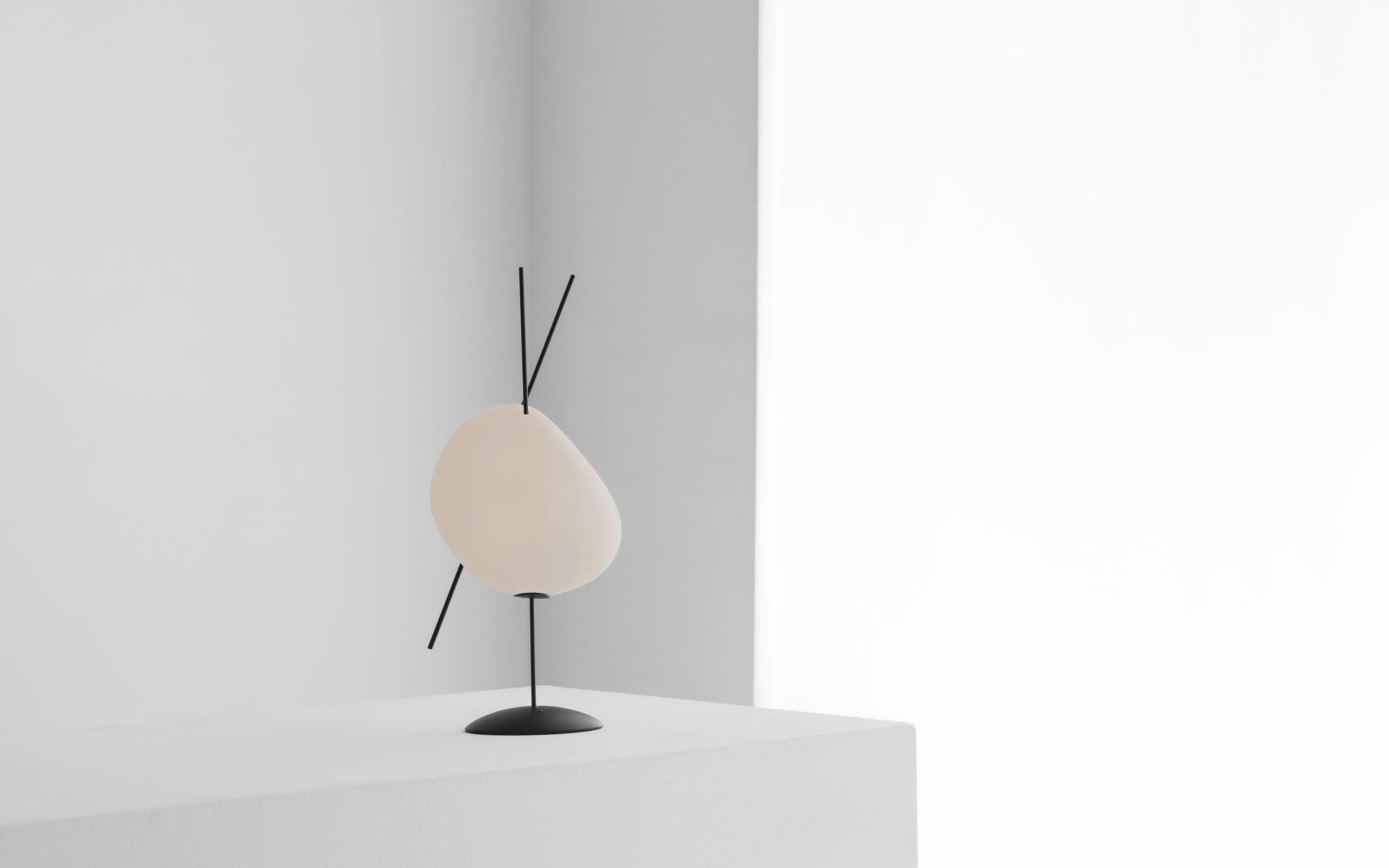 LAMPE SUR BATTERIE BELLE DE NUIT S ALLUMÉ