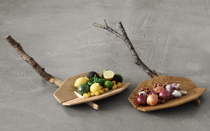 CENTERPIECE DOVETAIL SCULPTED OAK WITH CITRUSES AND VEGETABLES