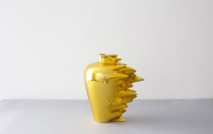 VASE HYPERFAST LACQUERED CORIAN OR