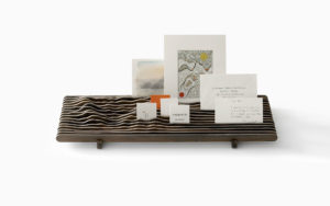 LETTER HOLDER SWEETHORIZONBOIS ZIRICOTE WITH BUSINESS CARD AND DRAWINGS